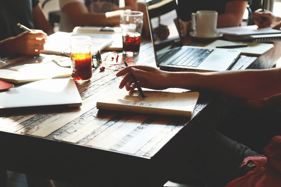 Mesa de Trabajo: Contratación pública y Economía Social y Solidaria