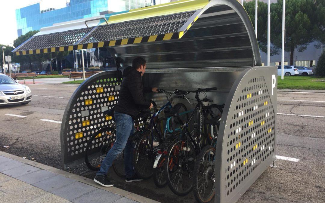 Madame Cicleta: La nueva solución de aparcamiento para tu bici en la calle